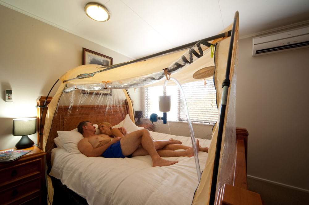 Couple in Hypoxico Tent